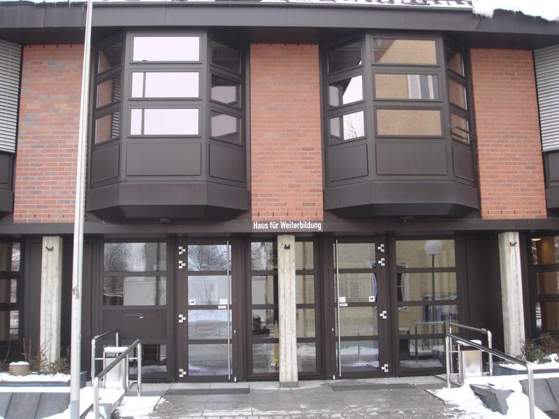 Haus für Weiterbildung Neubiberg Außen