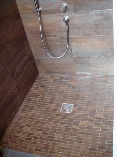 Privathaus Duschboden